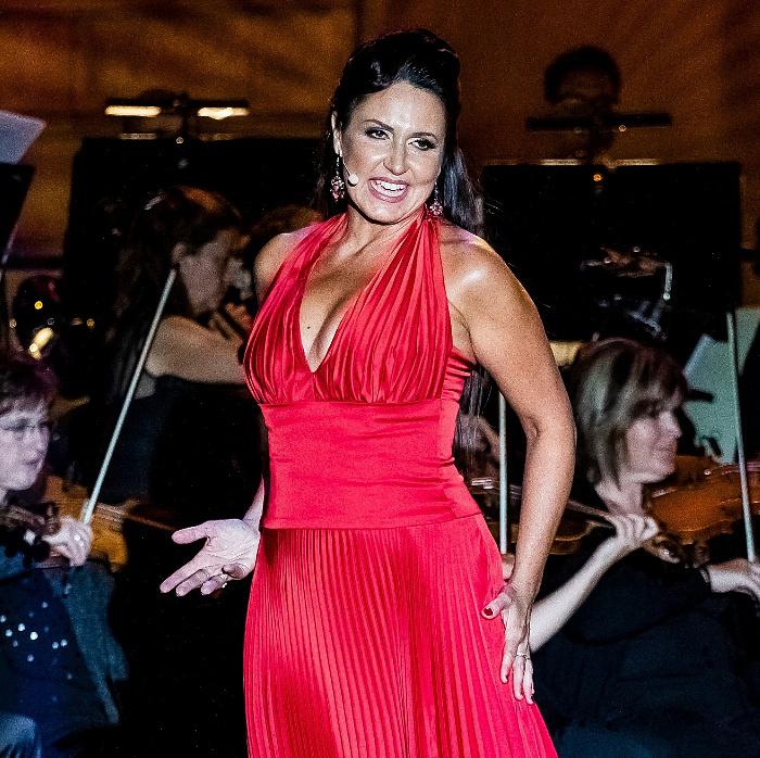 Könnyed, mégis lélekig ható boldog szórakozás - Fischl Mónika a Budavári Palotakoncertekről